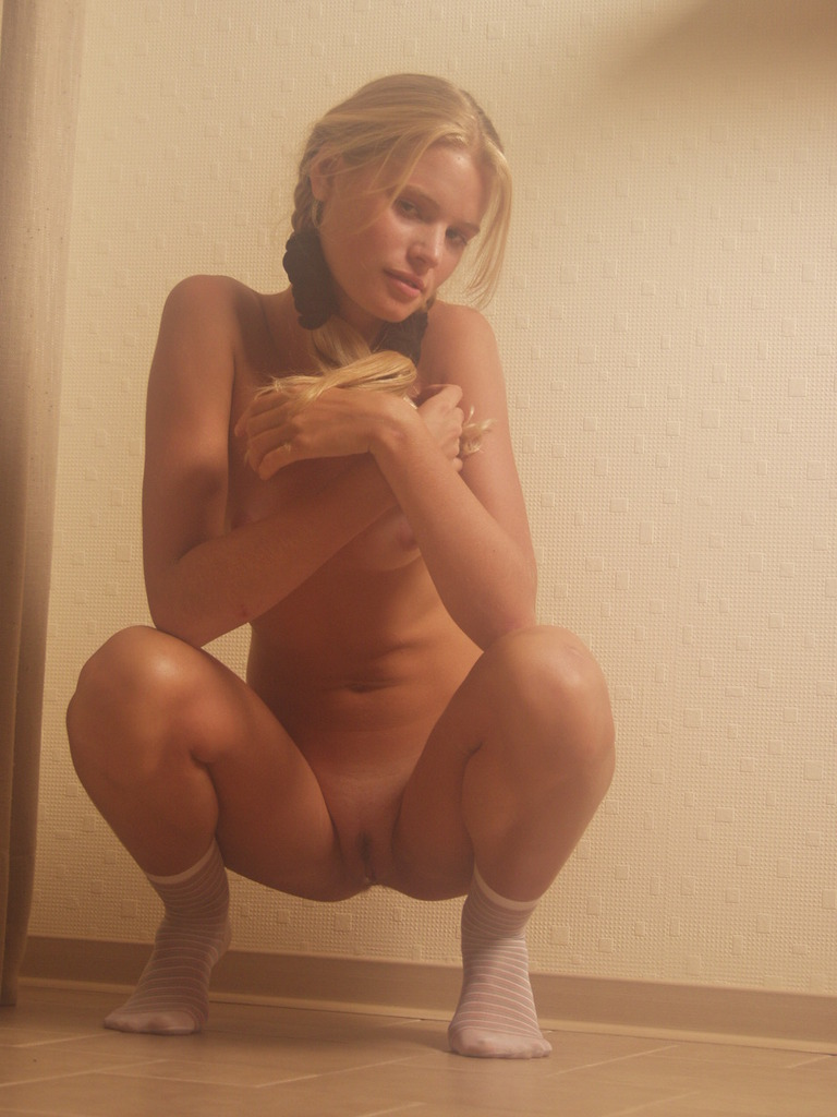 What, look Young blonde sister naked