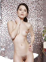 Amelie B Picture 1