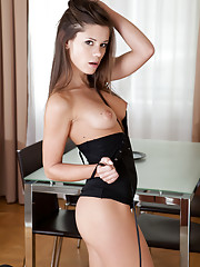 Caprice A Picture 2