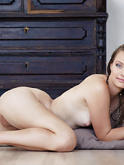 Milana K Picture 13