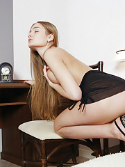 Veronika F Picture 5