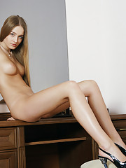 Veronika F Picture 6