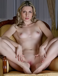 Smoking hot classy blonde Maggie A takes her pink slip off and exposes her fantastic body.