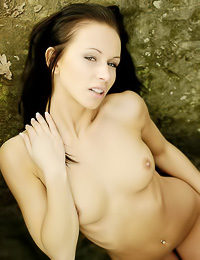 Susana S: Beautiful brunette vixen Susana S takers off her clothes outdoors and runs fully nude.
